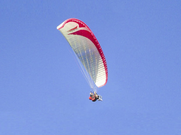 Vender: Gradient BiGolden Tandem Paraglider and Harness