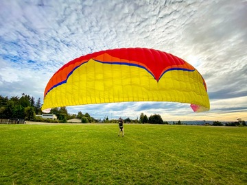 For sale: Low airtime Ozone Buzz Z5 - Great first progression glider!