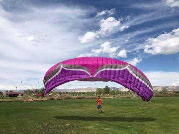 Vender: Ozone Paragliding kit